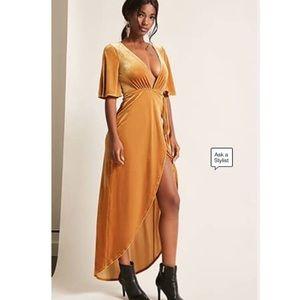 F21 Gold Velvet Wrap Dress 🌻